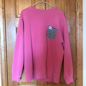 Sweaters - Oversized pink sweater with chevron pocket